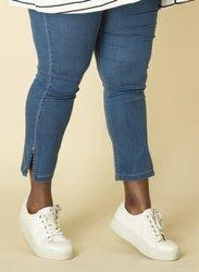 Wiosenne jeansy damskie XXL niebieskie, wąska nogawka z pęknięciem